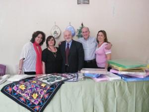 Τα μέλη του Συλλόγου Γονέων και Κηδεμόνων με τον Συντονιστή Εκπαίδευσης Βορείου Αφρικής και Μέσης Ανατολής κ. Καπίδη.